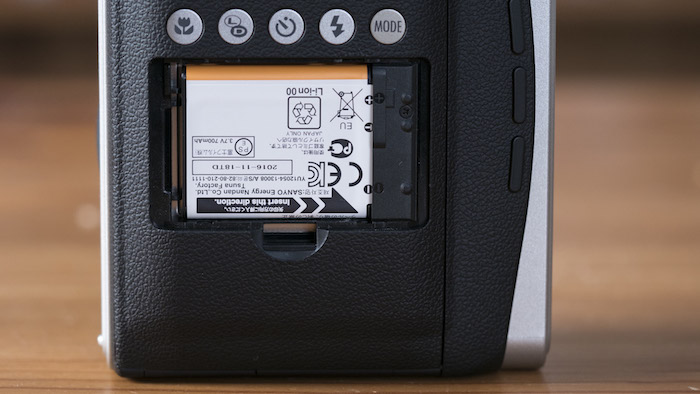 instax mini 9 vs 90 battery-1