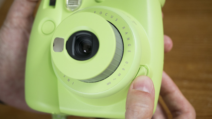 how to turn on instax mini 8 mini 9