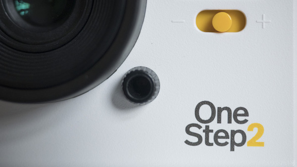 polaroid onestep2 review product shots-8
