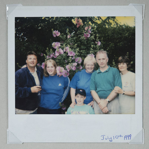 Polaroid Onestep 2 Instant Camera Review